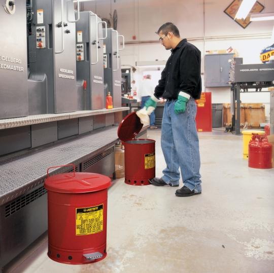Afvalemmers voor poetsvodden - Protecta Solutions